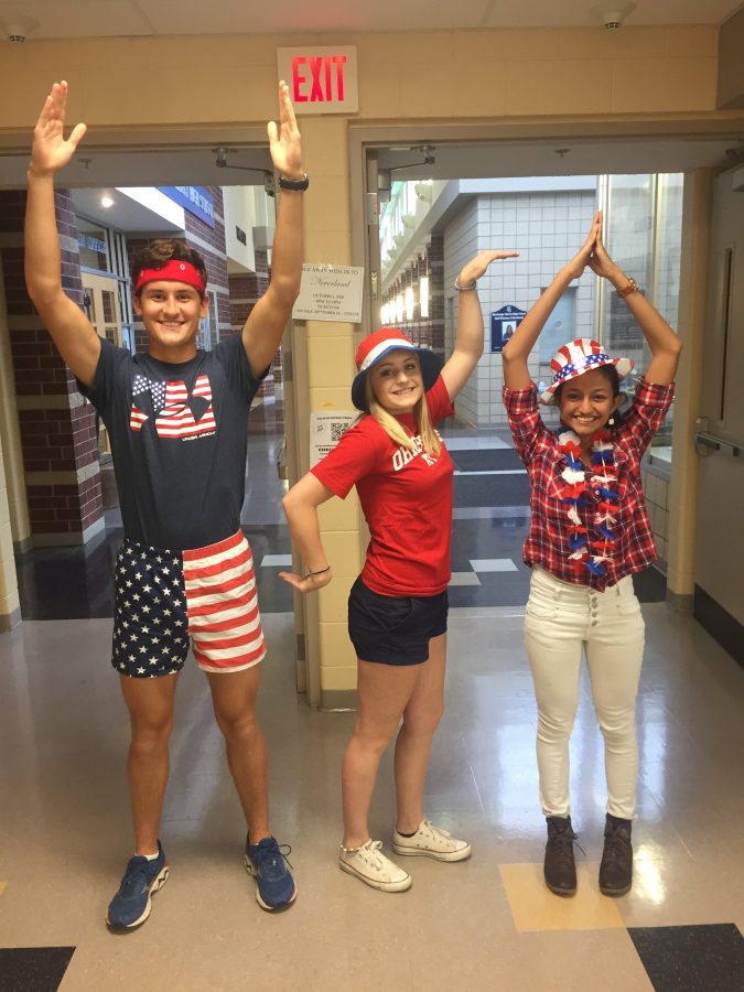 """The Hawkeye : PHOTOS: Hawks show their patriotism for """"'Merica Monday"""""""