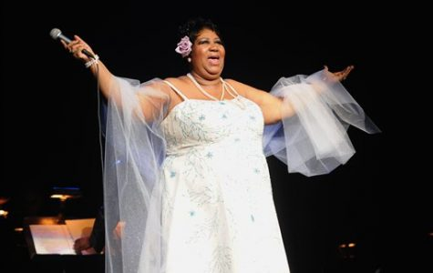 """Aretha Franklin, """"Queen of Soul"""", Passes Away at 76"""