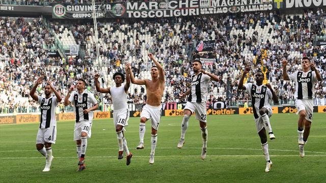 Juventus celebrating after scoring a goal.