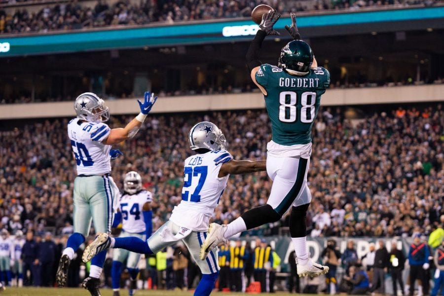 Eagles TE Dallas Godert makes a leaping catch in the end zone. The Eagles would go on to win this game and claim the top spot in the NFC East.